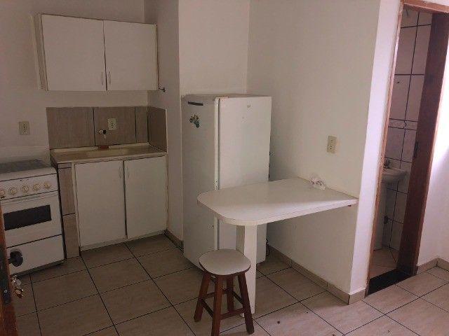 Suíte mobiliada incluso agua e garagem prox da Unip/Fasam / Oi - Setor Jardim da Luz - Foto 2