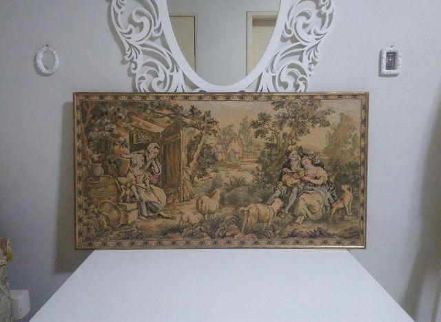 Quadro Tapeçaria Vintage Antigo - leia - Foto 2