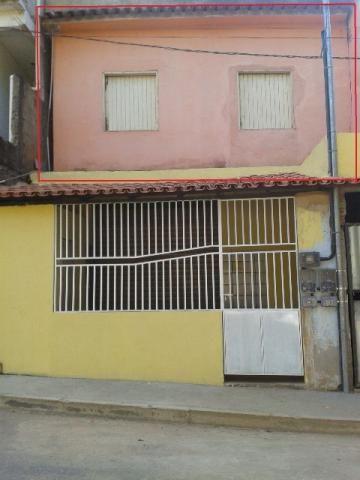 Apartamento próximo ao Centro de Mimoso do Sul - ES