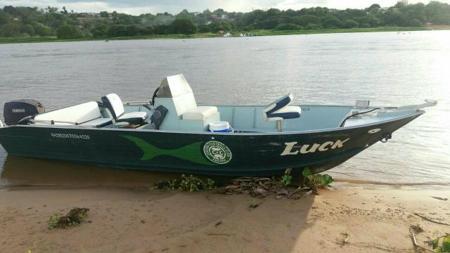 Barco lev fort marajo