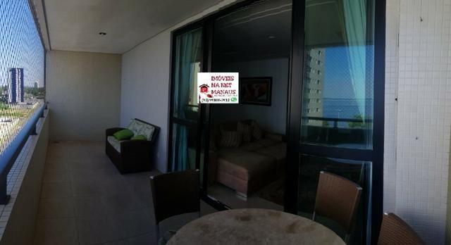 Villa Lobos 2 suítes 100% mobiliado mega suíte master (andar alto linda vista para o rio) - Foto 5