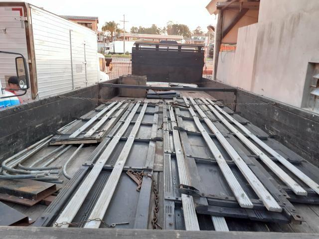 MB 1618 Truck Graneleiro Reduzido - Foto 4