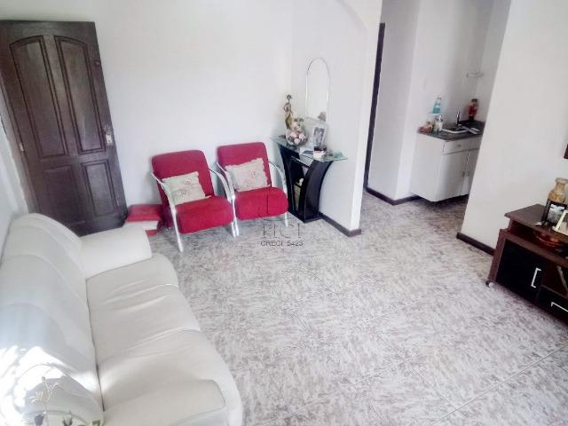 Casa Espaçosa, 3/4 (1 Suíte), Garagem, Terraço, 1º Andar; Itapuã-HC063 - Foto 2