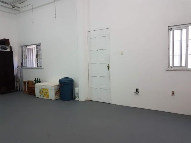 Espaço com pé direito alto para estúdio de dança, pilates, etc. no alto do Rio Vermelho - Foto 7