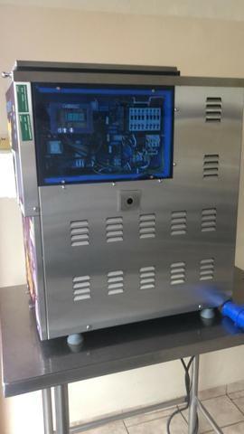 Máquina Tecsoft Produtora de Sorvete Soft Com Um Sabor - Açaí - Modelo Trifásico - 220 V - Foto 2