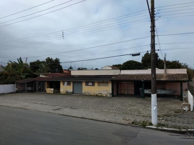 900 metros frente rodovia caraguatatuba