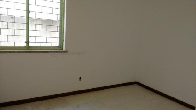 Casa 6 Quartos com 3 Garagens à Venda no Iapi ( 682817 ) - Foto 13