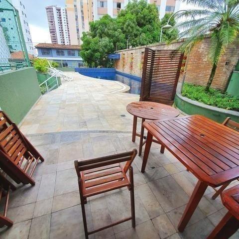 Vende-se Lindo Apartamento no Umarizal em Andar alto com 3 suítes, 2 vagas - Foto 6