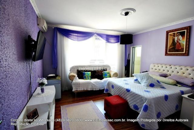 Casa no bairro Balneário, Florianópolis de 04 dormitórios com suíte - Foto 17