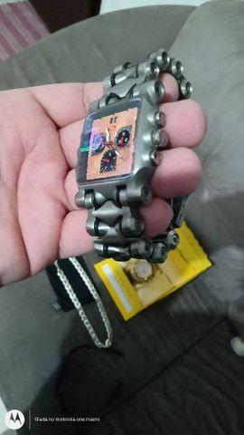 Relógios , corrente Prata e óculos da Oakley . - Foto 2