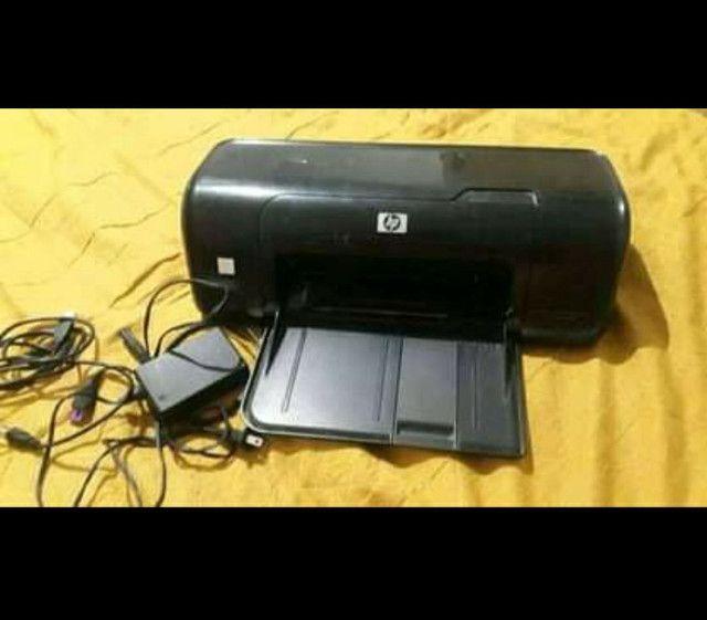 Vendo Impressora HP. .. SEM CARTUCHOS. .. Funcionando Perfeitamente.