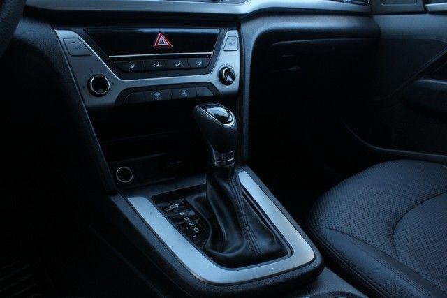 Hyundai Elantra 2.0 4P - Foto 9