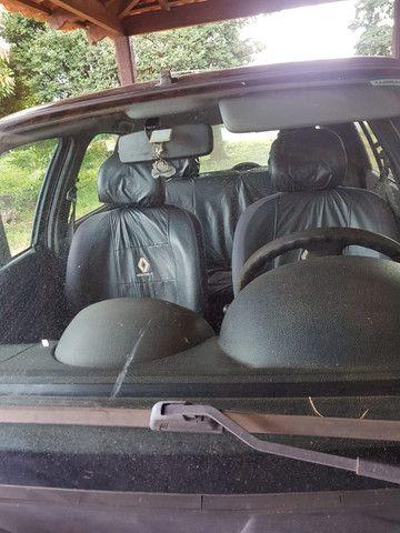 Renault Clio - Foto 10