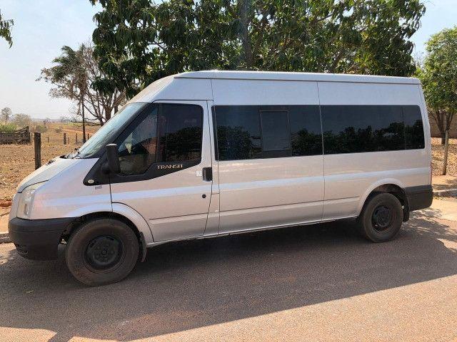 Van Ford Transit 2013 2.2 TDI Diesel 16 lugares - Foto 10