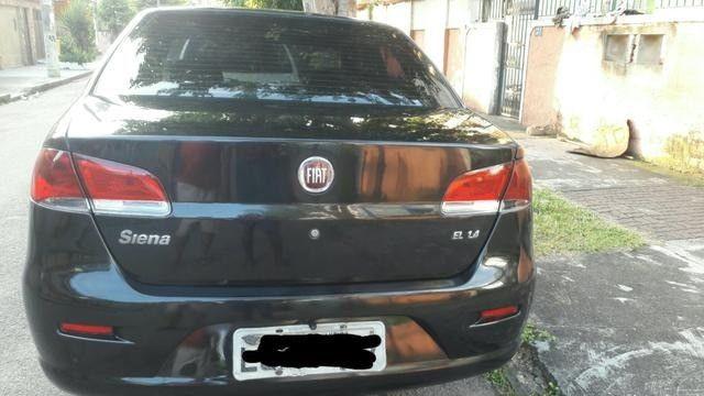 Vendo Fiat Siena 2011 completo com GNV - Foto 7