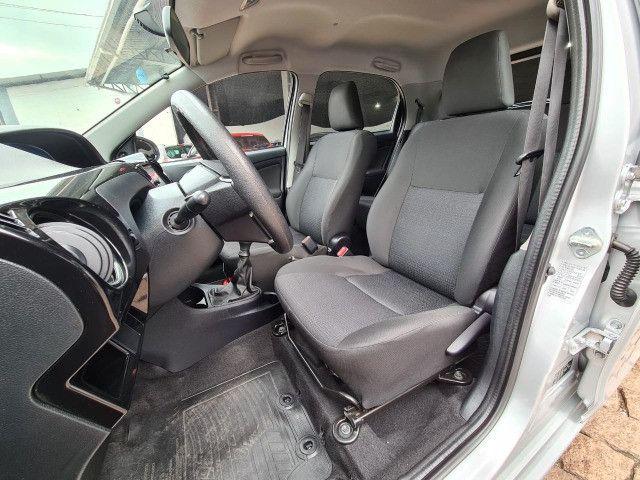 Toyota Etios 1.3X Completo + Multimidia / 2014 ! - Foto 8