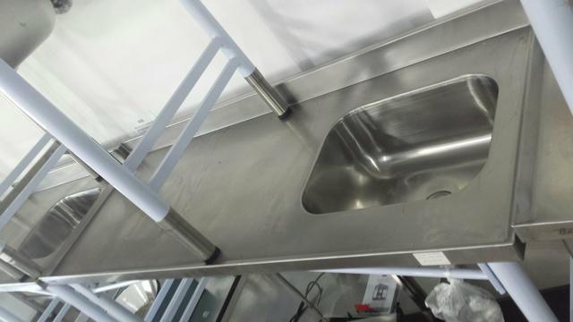 Pia de inox nova 1.90x70 com pés em epoxi nova e pronta entrega