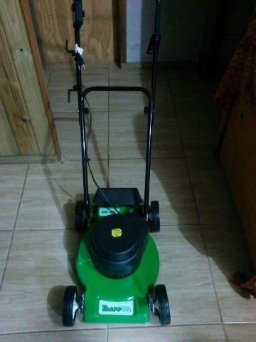 Máquina de Cortar grama Nova nunca usada