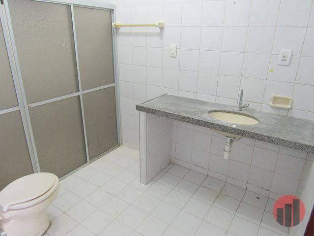 Casa com 3 dormitórios para alugar, 178 m² por R$ 1.600/mês - Cambeba - Fortaleza/CE - Foto 16