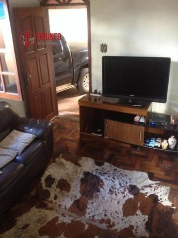 Casa de 03 quartos no bairro Minas Caixa em Belo Horizonte. Cód 749
