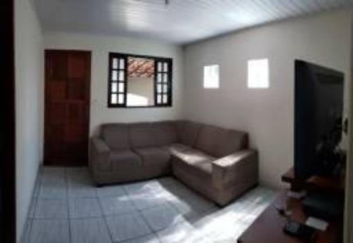 Casa térrea 03 dormitórios no Conjunto São Benedito