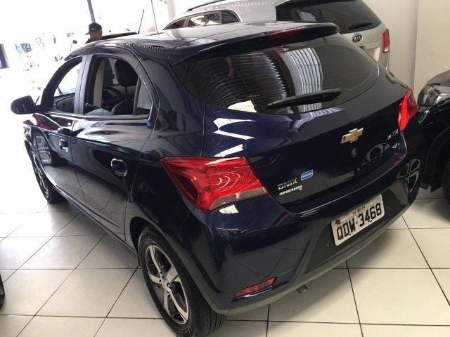 Chevrolet onix 1.4 mt ltz entrada de 4.000,00 - Foto 9