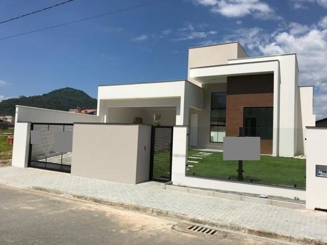 Casa à venda com 3 dormitórios em Jaraguá 99, Jaraguá do sul cod:ca384