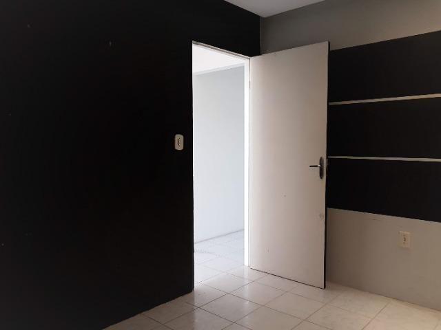 Sala comercial no Rio Vermelho, com banheiro próprio - Foto 13