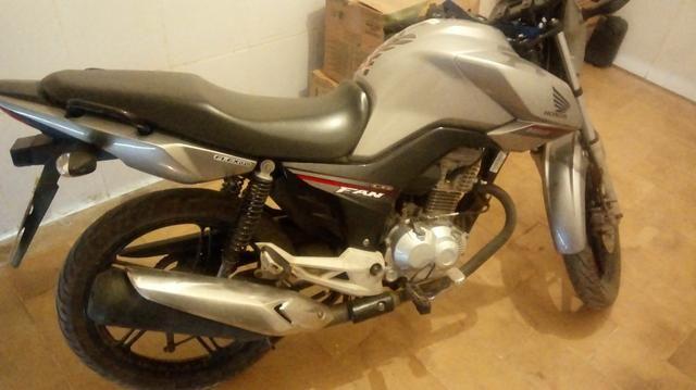 Vendo uma moto Fan 160 - Foto 2