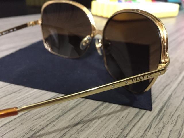 Óculos de Sol - Vogue - Bijouterias, relógios e acessórios - Centro ... 7aaff4cc3f