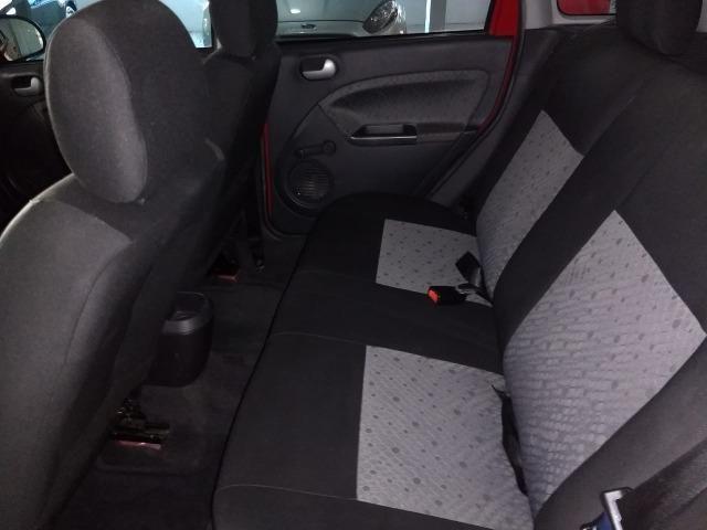 Ford Fiesta 1.6 - Foto 11