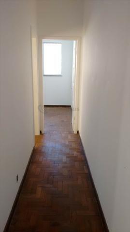 Casa 6 Quartos com 3 Garagens à Venda no Iapi ( 682817 ) - Foto 8