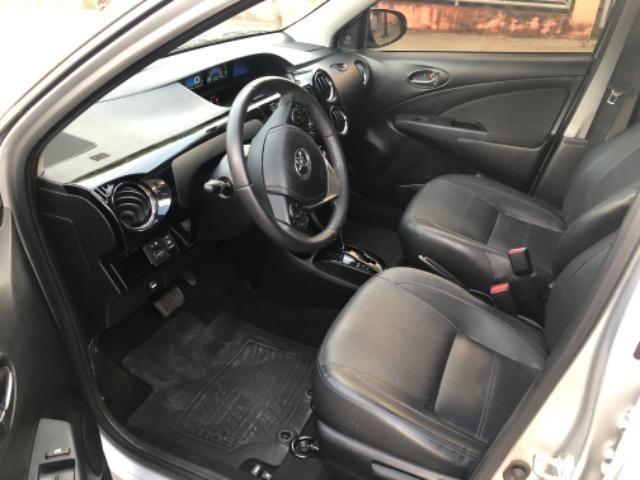 Veículo Etios Platinum Sedan 1.5 Automático - Foto 8