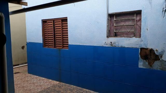 Casa de 3 Qts com dois barracos de 2 Qts na Qnn 21 Cj K Cs 42 - Foto 2