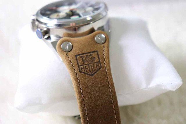 Relogio Modelo com pulseira Personalizada - ja é Vedado - Detalhes incríveis - Foto 3