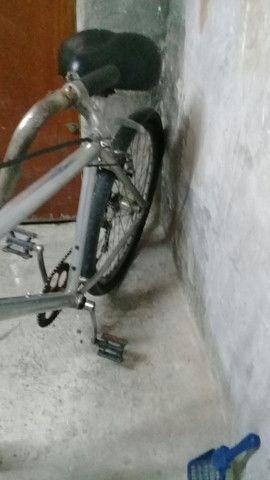 Bicicleta de alumínio aro 26 - Foto 2