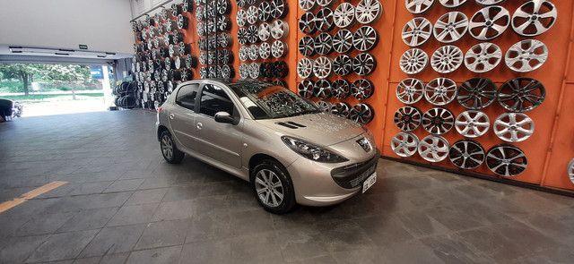 Peugeot 207 1.4 8V modelo 2011