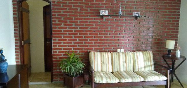 Casa em Cond. em Aldeia + Chalé para Hospedes - Foto 9