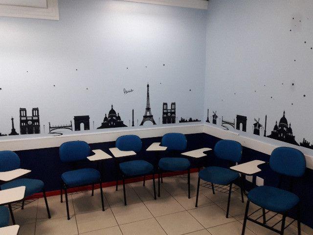 Escola de Idiomas - Foto 2