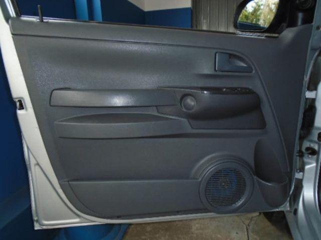 Volkswagen FOX 1.6 MI PLUS 8V FLEX 4P MANUAL - Foto 9