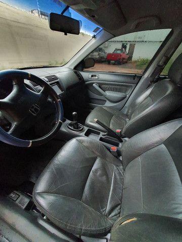 Honda Civic Sedan LX 1.7 com 120 mil km  - Foto 6