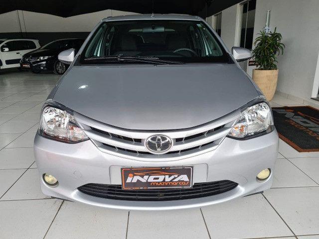 Toyota Etios 1.3X Completo + Multimidia / 2014 ! - Foto 2
