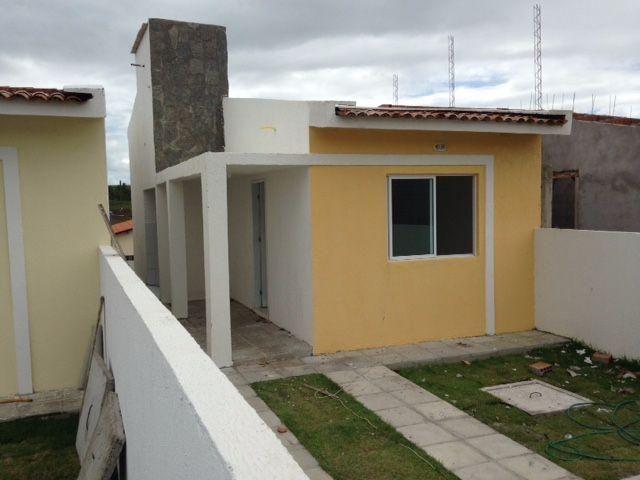 Casa 63 m2, 2 quartos, 2 suítes, varanda - Alhandra-PB
