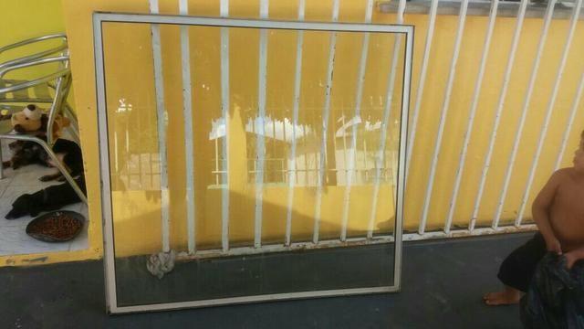 Visor de vidro