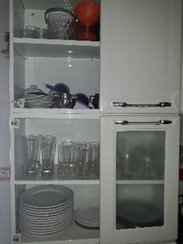 Armário de cozinha - alguém conserta?