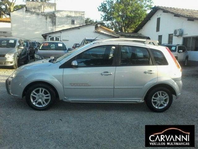 Ford- fiesta hatch 1.0 trail 2008 completo