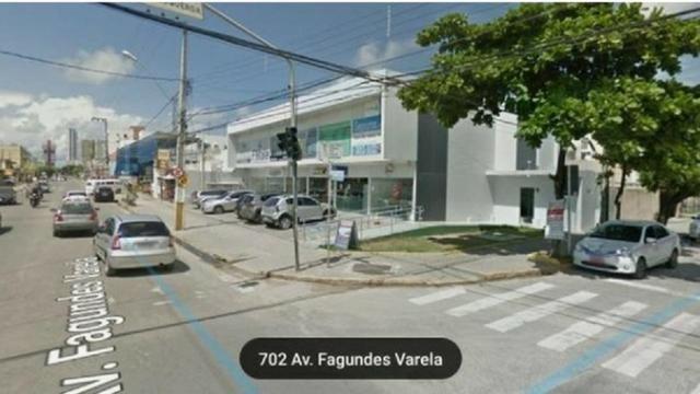 Loja Térrea de Frente para a Fagundes Varela - Ótimo Preço