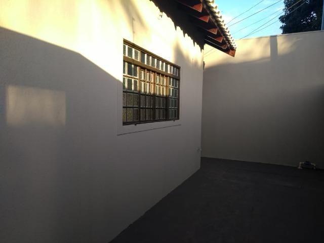 Próxima Av. Duque de Caxias Linda Casa com quintal amplo - Foto 6