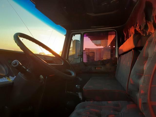 MB 1618 Truck Graneleiro Reduzido - Foto 5