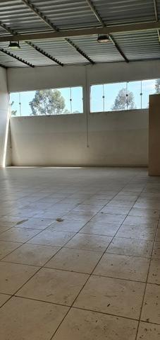 Excelente galpão com 654 m2 AC, excelente ponto comercial e industrial - Foto 12